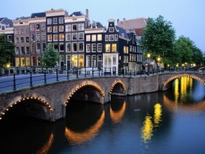 amsterdam_at_dusk__the_netherlands-300x225